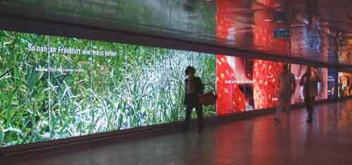 Bild Light-Korridor Flughafen Frankfurt