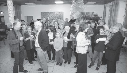 Bild der Ortbevölkerung im Dorfgemeinschaftshaus